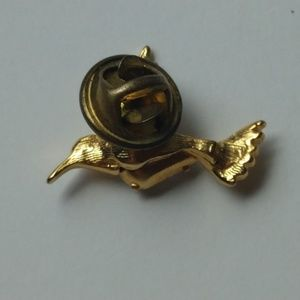 Jewelry - Vintage Petite Gold Jelly Belly Humming Bird Pin